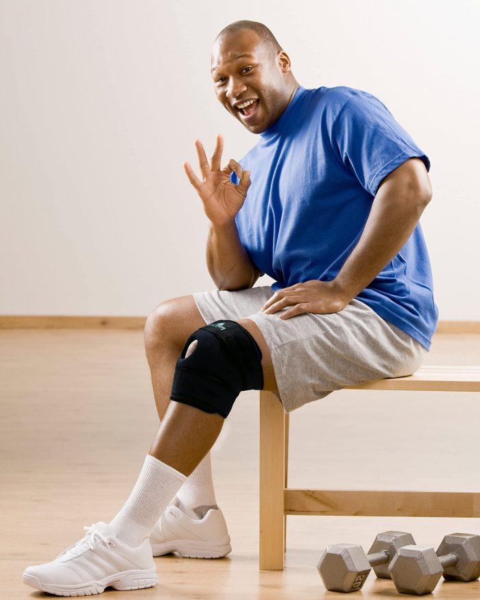 AllyFlex Sports® Knee Brace Open Patella Stabilizer - Workouts, Injury Prevention | NeoAllySports.com